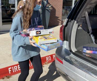 bringing gifts to car